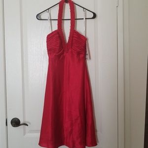 Dresses & Skirts - NWT Red Halter Dress